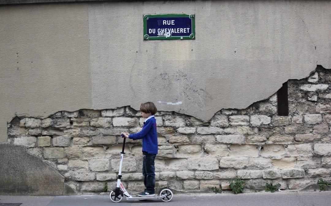 Parler de l'actualité : les trottinettes électriques à Paris (fin A1)