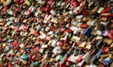 Parler des cadenas d'amour